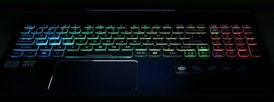 Acer Predator Helios 300 4 zone keyboard