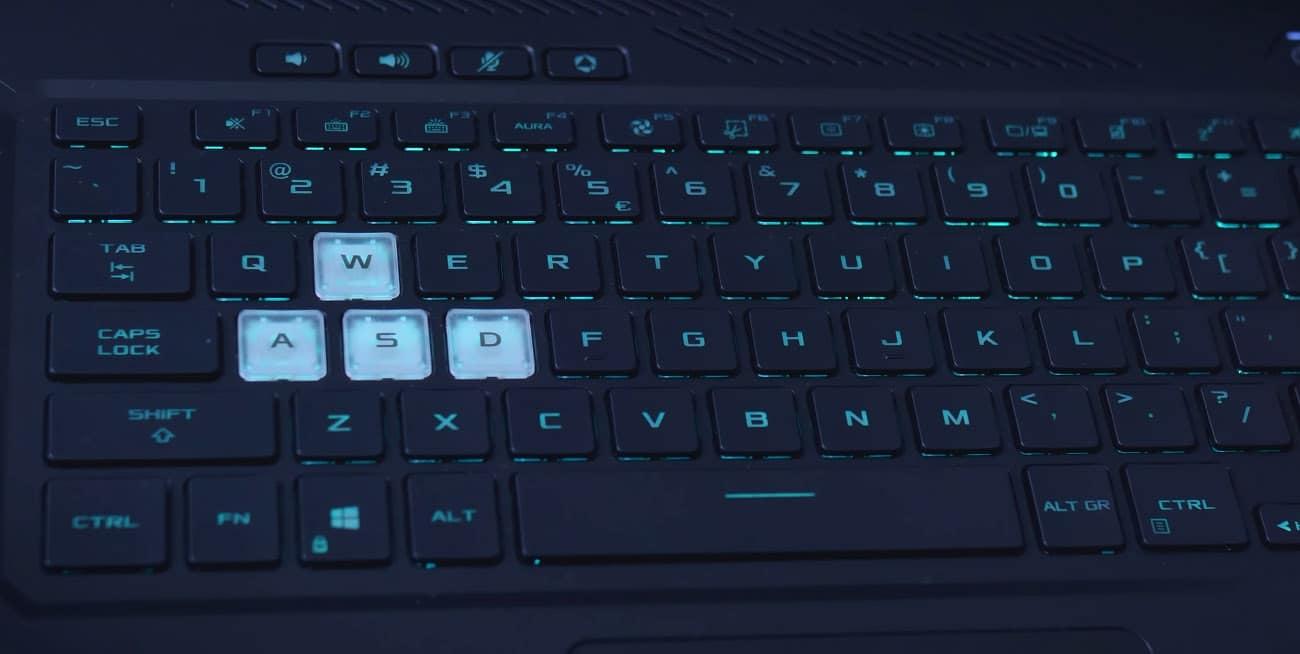 Asus TUF Dash F15 keyboard